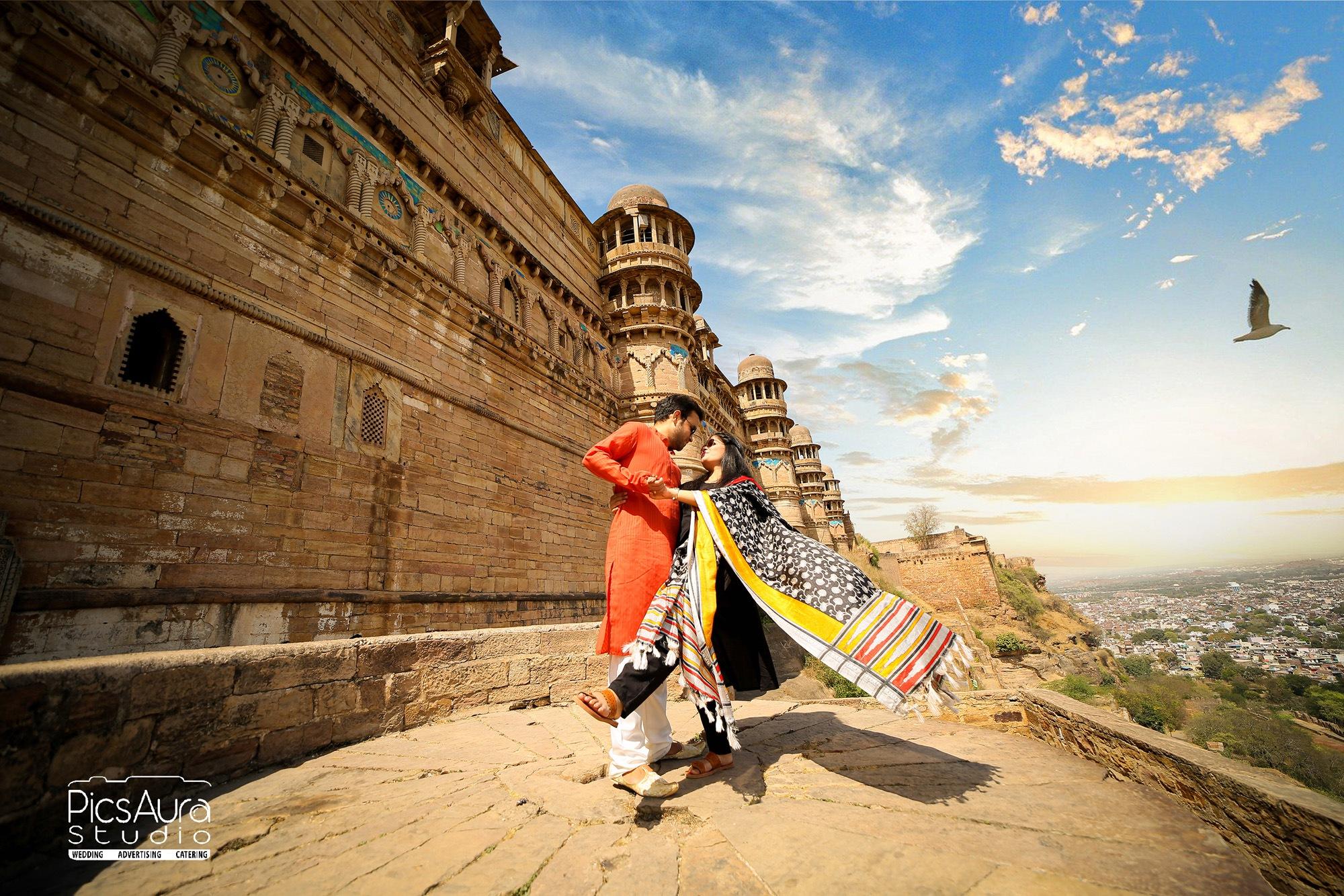pre wedding shoot at Gwalior fort